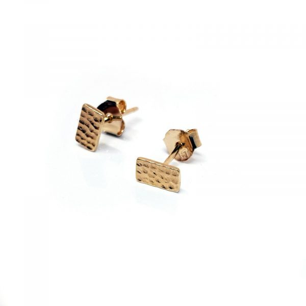 Boucles d'oreilles modèle Acédie, minis rectangles martelés